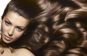 Капсулы Аевита - это также отличное и бюджетное средство для ухода за вашими волосами, особенно в зимний период времени, когда волосы страдают от перепада температур и холодного ветра