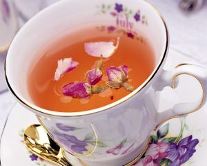 Благодаря уникальному составу, чай, приготовленный из этого растения, обладает очень приятным и неповторимым вкусом и ароматом
