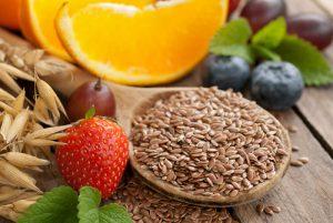 Большинство продуктов с клетчаткой содержат высокую концентрацию витаминов и других питательных веществ, необходимых для поддержания здоровья кожи