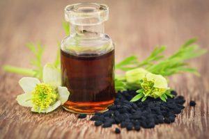 В первую очередь, масло применяется при низком иммунитете, для его восстановления и укрепления, что может быть принято во внимание в осенне-зимний и зимне-весенний гриппозный периоды