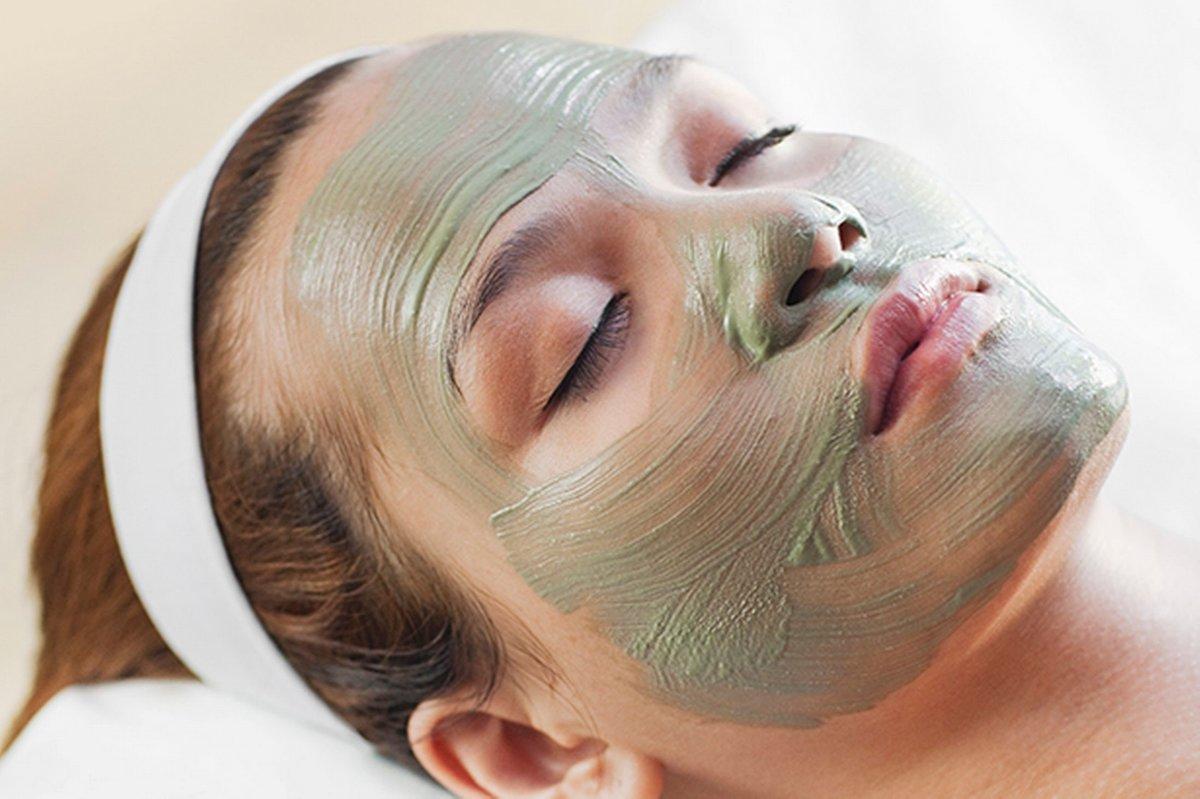 Тонизирующая маска из баклажанов повышает упругость кожи