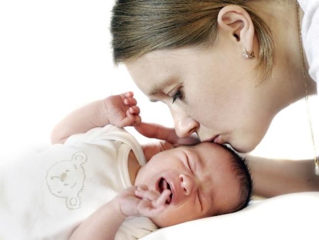 Рвота и температура у ребенка могут привести к обезвоживанию организма