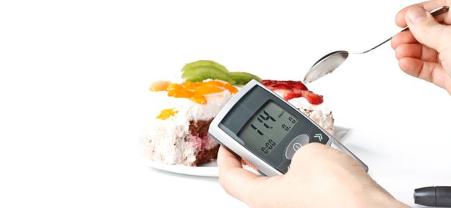 Препарат противопоказан при беременности и в процессе кормления грудью, а также при сахарном диабете.