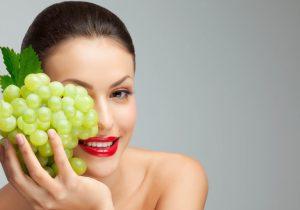 В народной медицине и косметологии используют все части растения, так как каждая из них по-своему уникальна по количеству полезных веществ