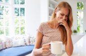 Тошнота у женщин. Какие могут быть причины, кроме беременности? Методы лечения