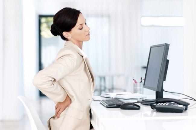 Основными противопоказаниями к применению диклофенака являются наличие заболеваний ЖКТ (язвы), нарушение кроветворения, сердечная недостаточность, печеночная и почечная недостаточность
