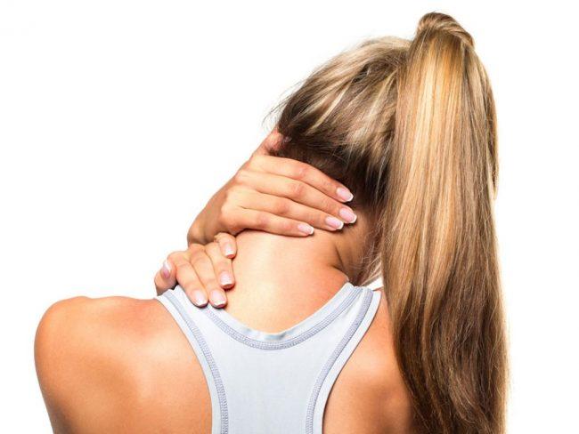 Однако, если кисть немеет часто или онемение сопровождается ощутимой болью - это может свидетельствовать о защемлении нерва