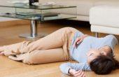 Обмороки — симптомы и причины