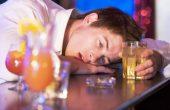 Алкогольное отравление – симптомы и лечение в домашних условиях