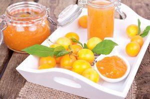 Алыча является основным компонентом в соусе «Ткемали», популярном в кавказских странах