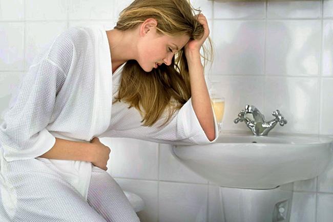 Аминокапроновая кислота может вызвать побочные эффекты в виде: тошноты и рвоты поноса, головокружения