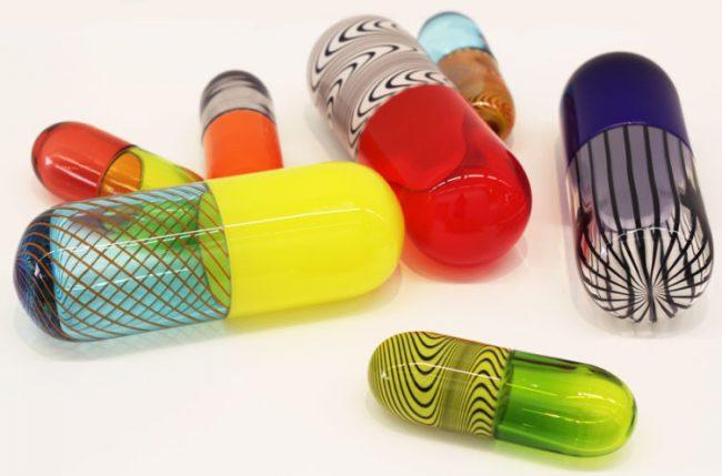 Каждый препарат антидепрессивного действия, наряду с перечисленными выше противопоказаниями, может иметь и свои собственные, присущие только данному лекарству
