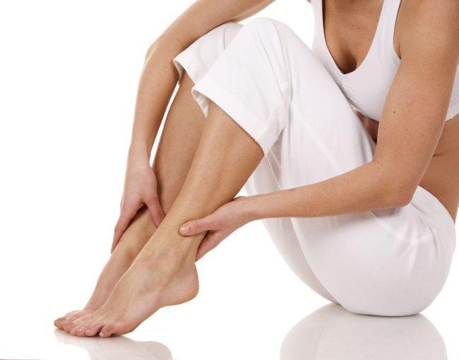 Синдром беспокойных ног трудно диагностировать. Расстройство может сопутствовать таким заболеваниям, как ревматоидный артрит, диабет или анемия