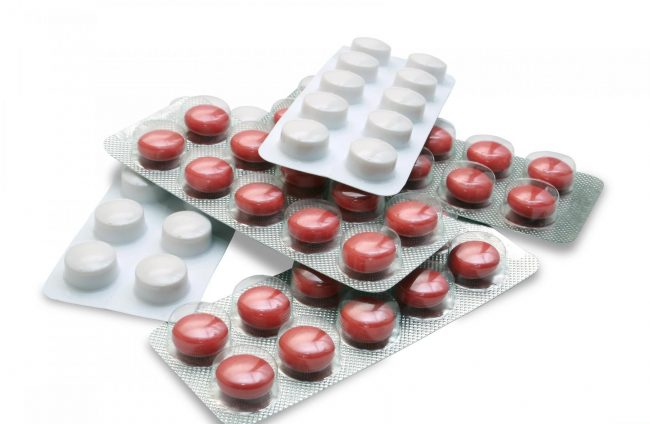 Структурных аналогов по действующему веществу лекарство Бифиформ не имеет. Однако имеется дополнительный перечень препаратов со сходным составом (бактерии кишечной микрофлоры) и эффектом при приеме внутрь