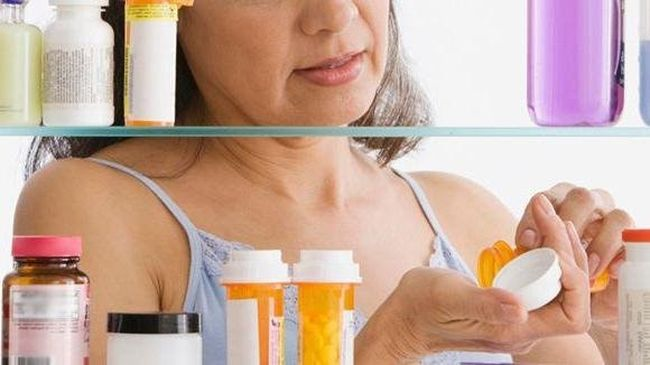 Чаще всего специалисты назначают для лечения остеопороза бисфосфонаты