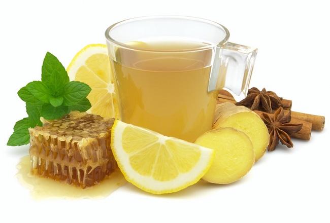 Для лечения насморка при простуде можно использовать народные средства