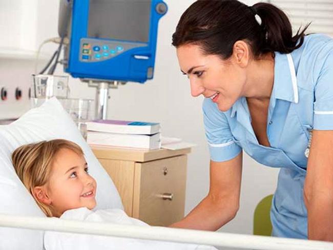 Лечение дифтерии проводят только в условиях стационара