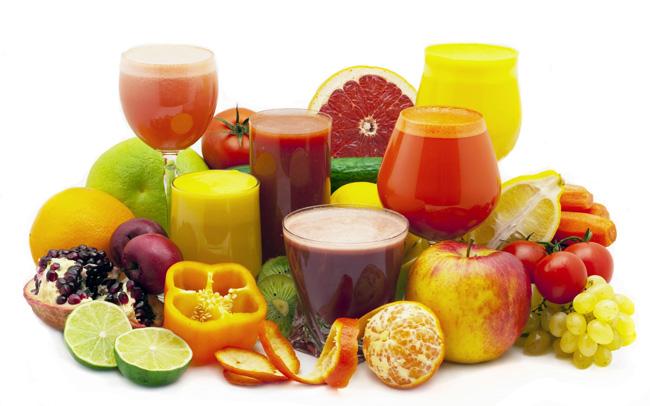 Для успешного лечения дивертикулеза, кроме медикаментозного лечения, необходимо диетическое питание, основу рациона должны составлять продукты, содержащие растительную клетчатку, из напитков - свежевыжатые овощные и фруктовые соки