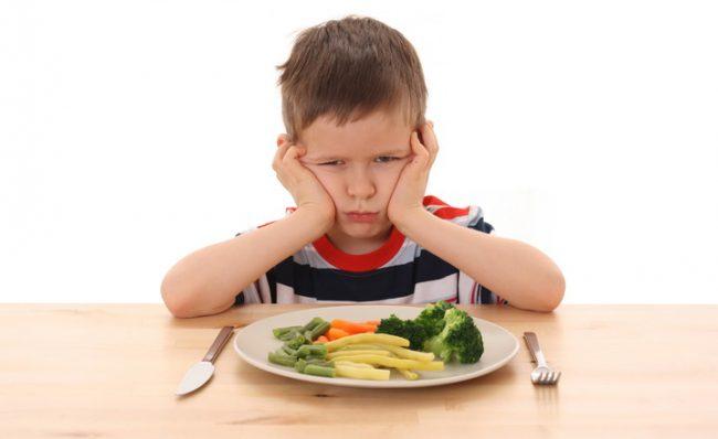 Если у ребенка наблюдается снижение аппетита, он недобирает вес, вялый, стал отставать в физическом или умственном развитии, перенес или готовится к хирургической операции, перенес тяжелую болезнь – ему вполне лечащий врач может назначить Элькар