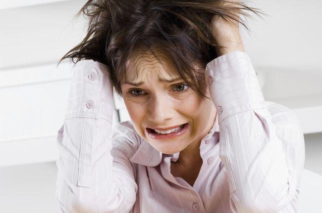 Еще одна из причин формирования эндометрита - хронический стресс.