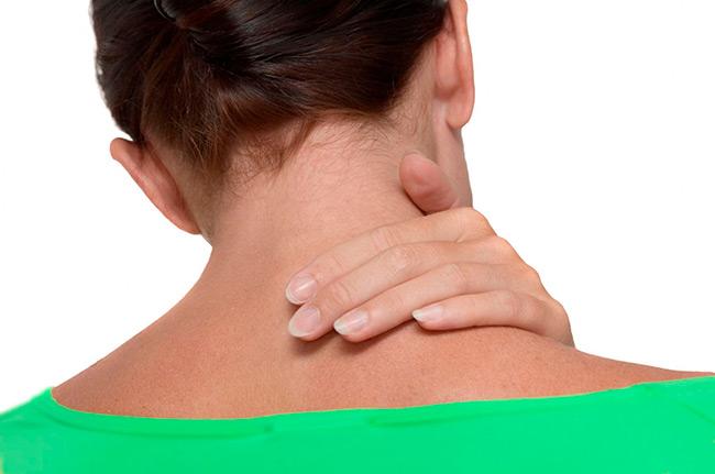 Подавляющая усталость и острая боль в разных частях тела — классические симптомы фибромиалгии