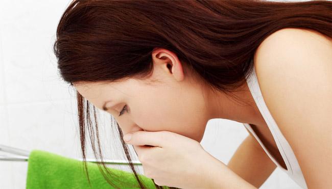 После приема фортранса, могут наблюдаться такие побочные эффекты, как рвота и тошнота