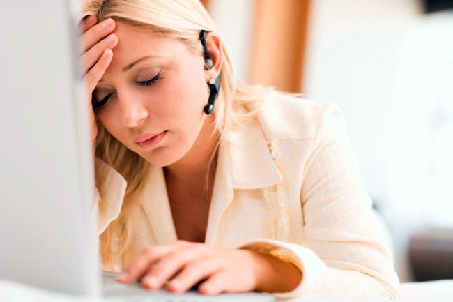 Первая стадия Гидроцефалии имеет симптомы схожие на большинство неврологических расстройств и трудно распознается, то вторая стадия характеризуется признаками повышения внутричерепного давления