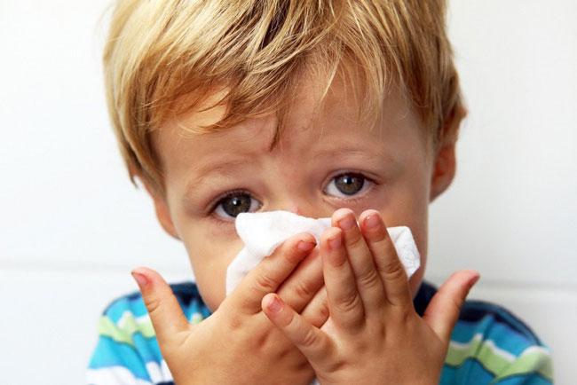Гриппферон хорошо зарекомендовал себя при лечении вирусных инфекций у детей и беременных женщин