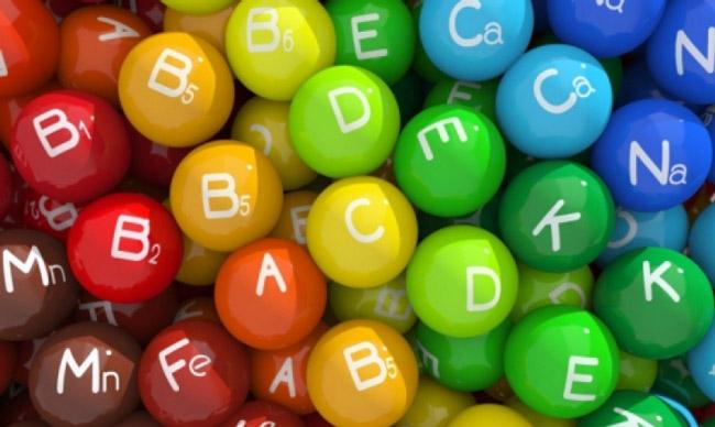 В дестком возрасте происходит бурный рост всех оргнанов и систем, поэтому дети нуждаются в гораздо большем количестве витаминов и минералов, чем взрослые