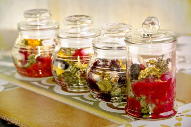 Травяные настои и отвары, помогут снять неприятные симптомы при воспалении седалищного нерва