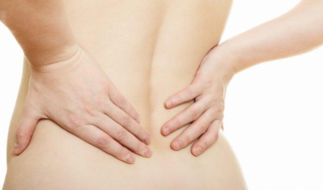 Почечная колика — это внезапно возникшая острая боль в области почек, вызванная нарушением оттока мочи из почки либо острым нарушением циркуляции крови в почке. Чаще всего развивается при мочекаменной болезни