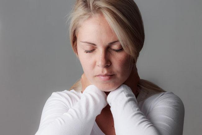 Для профилактики кома в горле рекомендуем поддерживать здоровый образ жизни, своевременно обращаться к врачу при наличии болезненных симптомов и регулярно обследовать состояния здоровья