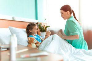 Различные народные средства и отвары могут облегчить симптоматику заболевания на третьем этапе заболевания, когда вирус уже не активен