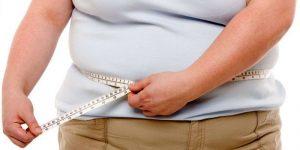 Лишний вес становится одним из факторов появления грибка ногтей