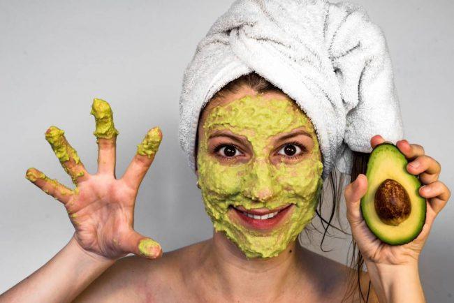 Перед нанесением маски рекомендуется распарить лицо для достижения лучшего результата