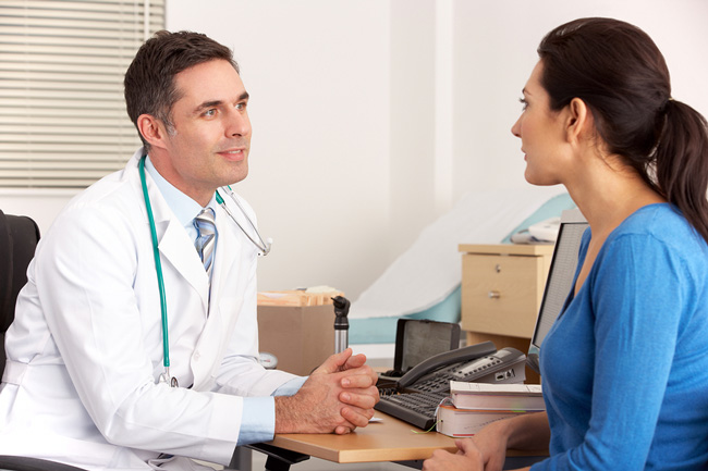 Не смотря на то, что после применения мази Флеминга на было выявлено побочных эффектов, применять препарат лучше под контролем специалиста