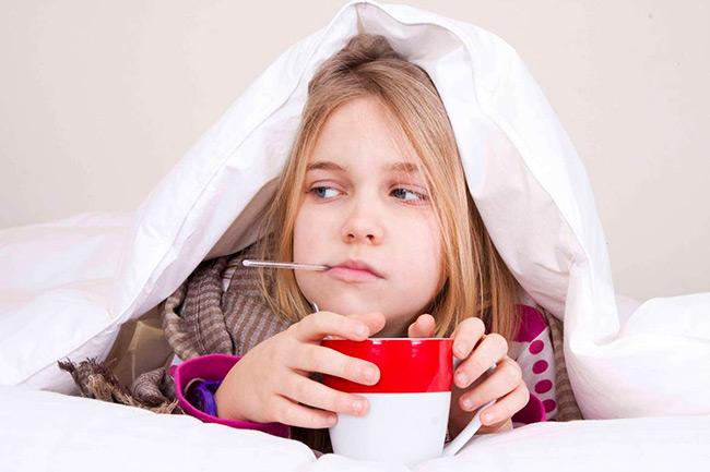 Наиболее часто мононуклеозом болеют дети в возрасте от 3 до 10 лет, реже он встречается у детей младше 2 лет