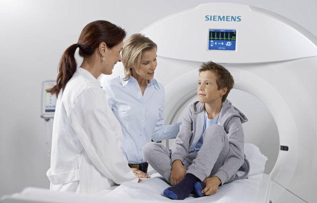 Процедуру МРТ могут назначать в том числе и детям