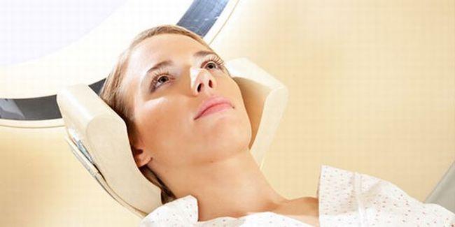 МРТ шейного отдела назначают по многим причинам, в том числе и из-за головокружений и головных болей.