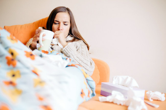 Настойку календулы используют для лечения ЛОР-заболеваний и простуды