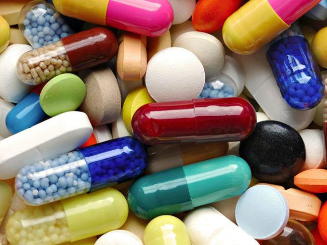 В аптеках можно приобрести ряд препаратов, в состав которых входит никотиновая кислота