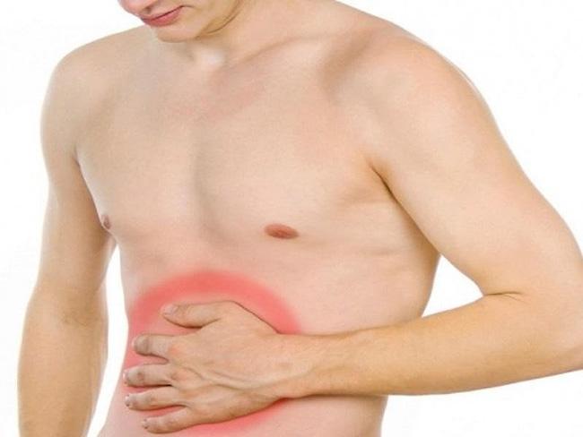 Перитонит – воспалительное заболевание брюшины, сопровождающееся острой болью животе, напряжением мышц брюшной стенки, повышенной температурой тела, тошнотой, метеоризмом, запорами и общим тяжелым недомоганием больного