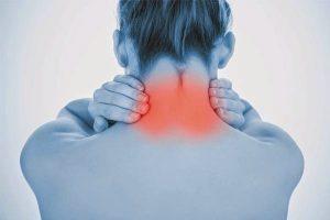 Постоянные боли в затылочной части свидетельствуют как о проблемах неврологического характера, так и о появлении патологий