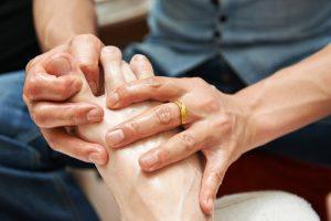 Вследствие нарушения кровообращения такие процедуры благоприятно влияют на восстановление функционирования конечностей
