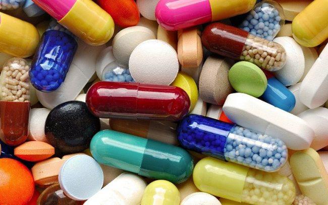 Прогестерон натуральный (1 мл содержит 10 или 25 мг действующего прогестерона). Перед использованием ампулу слегка нагревают (для разжижения масляного раствора), препарат вводят путем внутримышечной или подкожной инъекции