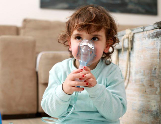 Применение суспензии для ингаляций через небулайзер для детей от 6 месяцев и старше составляет 250-500мкг в сутки