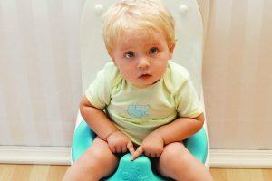 Если у вашего ребенка появился понос неизвестной этиологии, к приходу врача давайте ему Регидрон