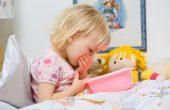 Рвота у ребенка без температуры и поноса — что это может быть?