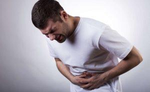 В любом случае, при первых симптомах, характерных для отравления, лучше вызывать врача