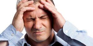Повышенное внутричерепное давление может усугубить ситуацию и вызвать ряд других болезней только в том случае, если полностью пренебрегать лечением
